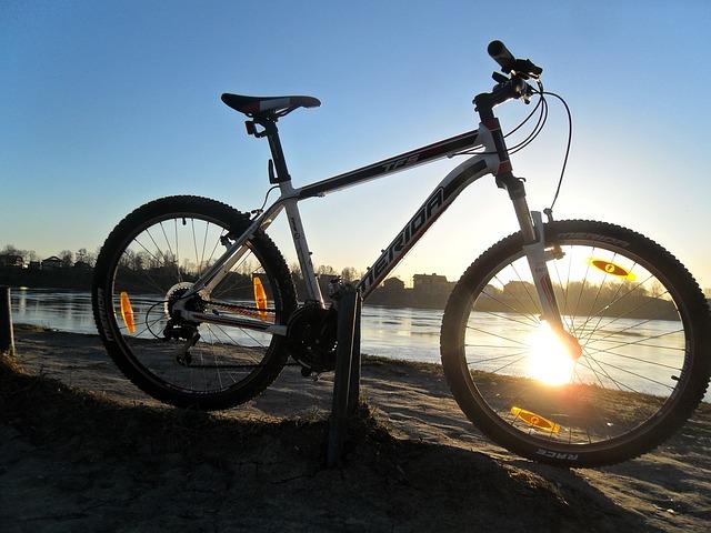 bike-195516_640